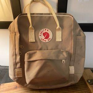 Fajllraven Kanken Light Backpack